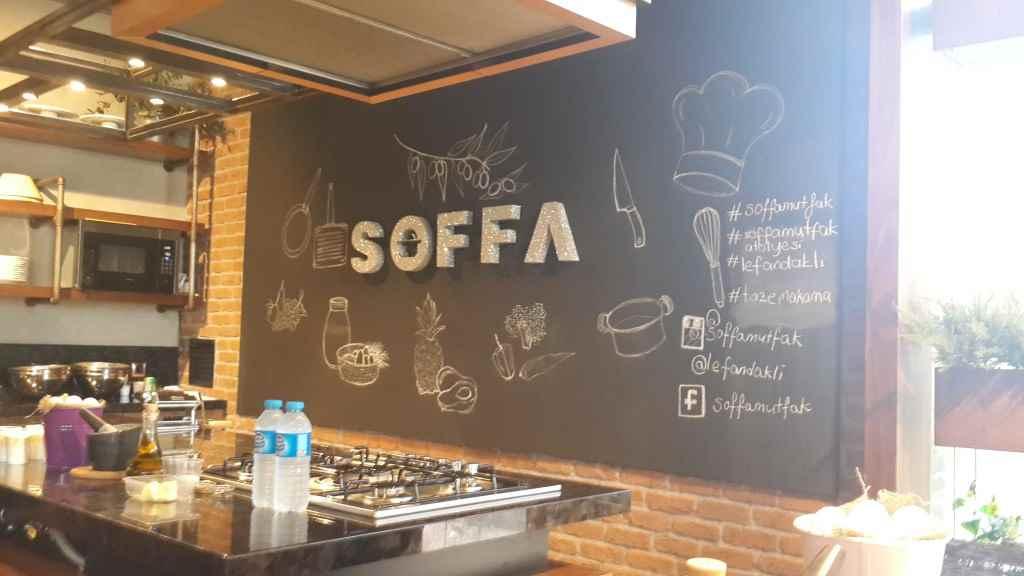 soffa-mutfak-atolyesi-makarna-yapımı