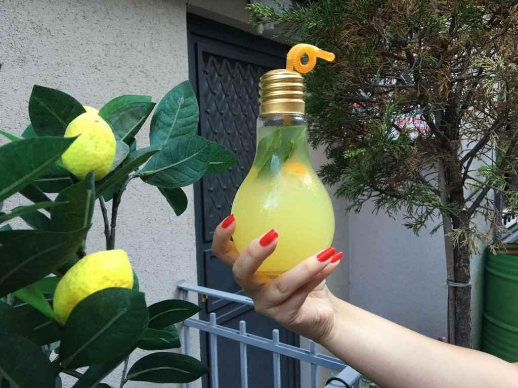 yesempatik-arada-cafe-mekan-tophane-lubnan-limonata