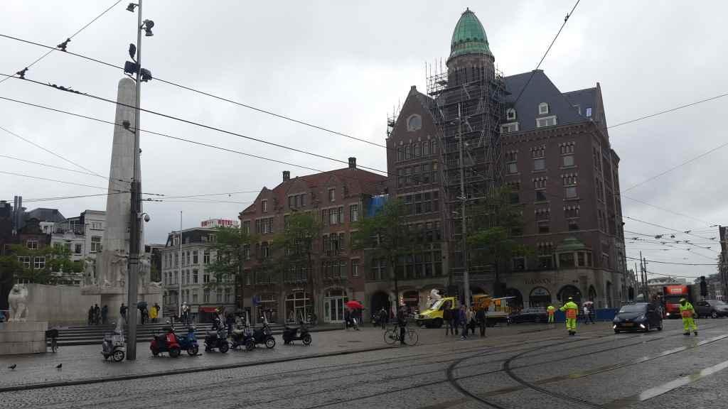 yesempatik-amsterdam-gezi-rehberi-seyahat-gezgin-kanal-bisiklet