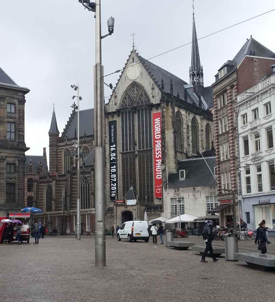 yesempatik-amsterdam-gezi-rehberi-seyahat-gezgin-kanal-bisiklet-gezgin-niuwekerk