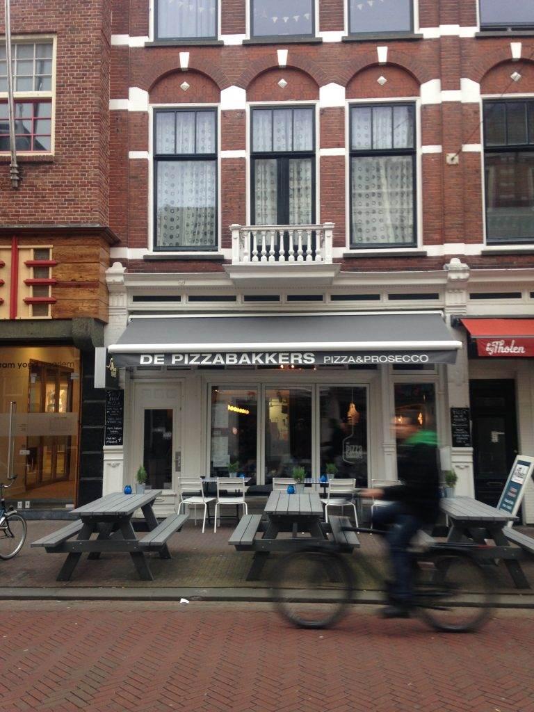 yesempatik-hollanda-haarlem-gezi-rehberi-pizza-bakkers