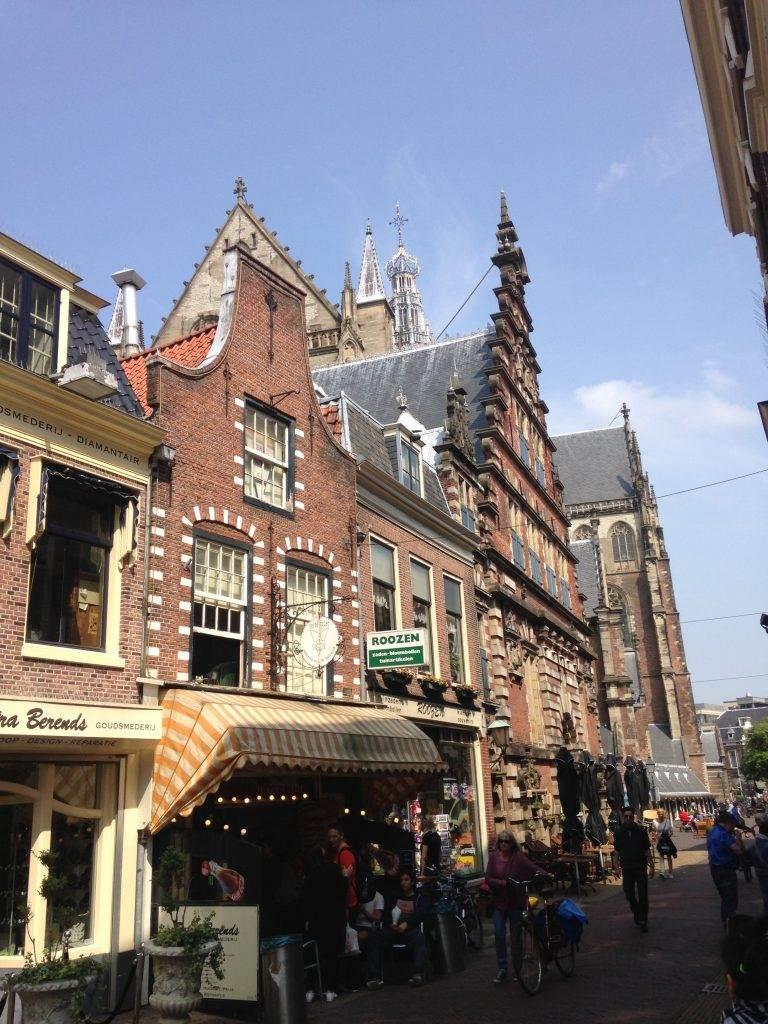 yesempatik-hollanda-haarlem-gezi-rehberi-grote-markt-meydan